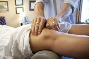 DNFT chiropractic knee treatment