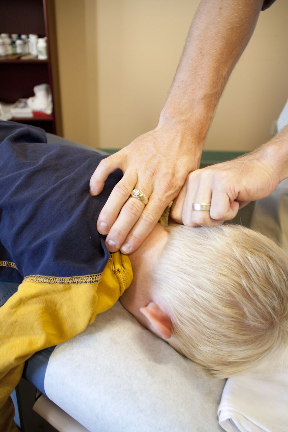 Salt Lake City chiropractor neck and head pain treatment